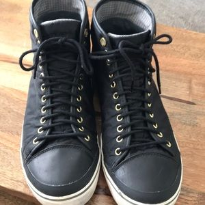Tretorn Women's Goretex high top Black
